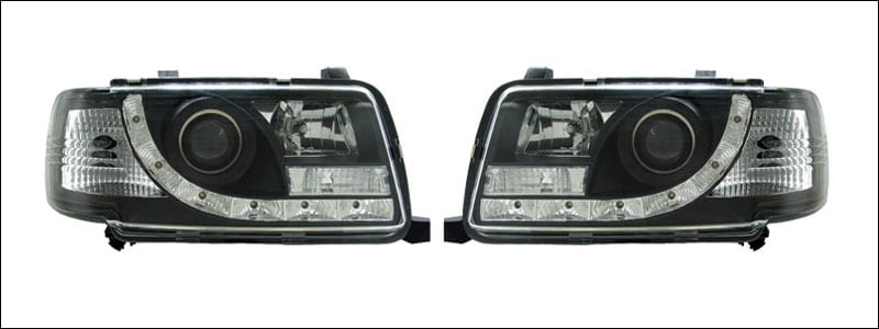 Svarta strålkastare LED Audi 80