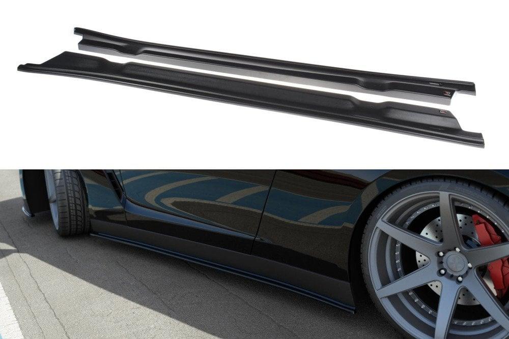 Sidokjolar Nissan GT-R