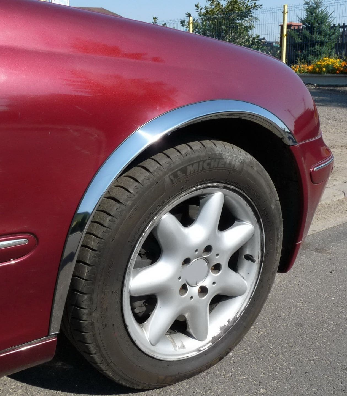 Skärmkantlister i krom Mercedes C-klass W203 Sedan