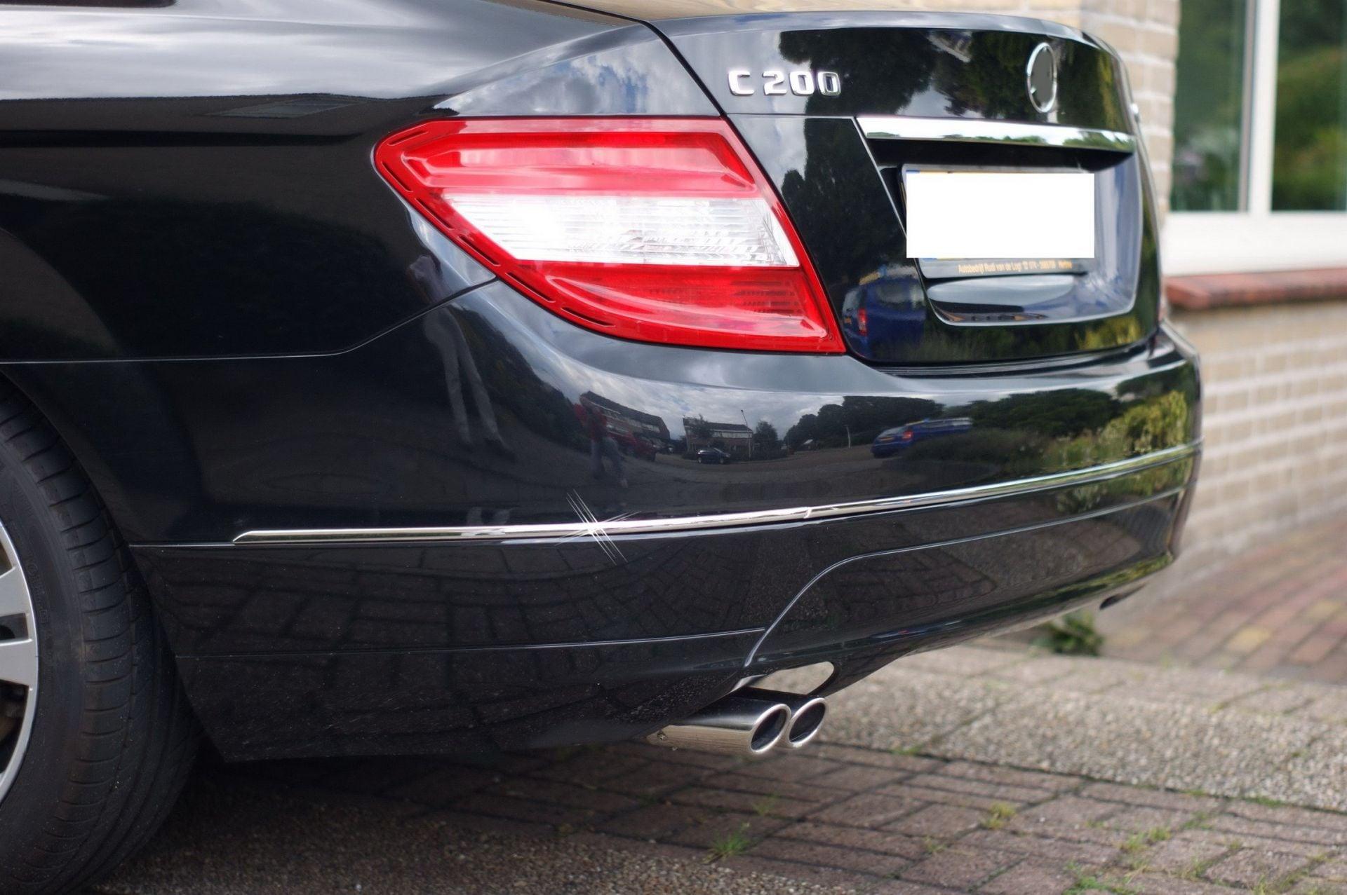 Kromad list till stötfångare bak (3st delar) - Mercedes Benz  W204 -2011