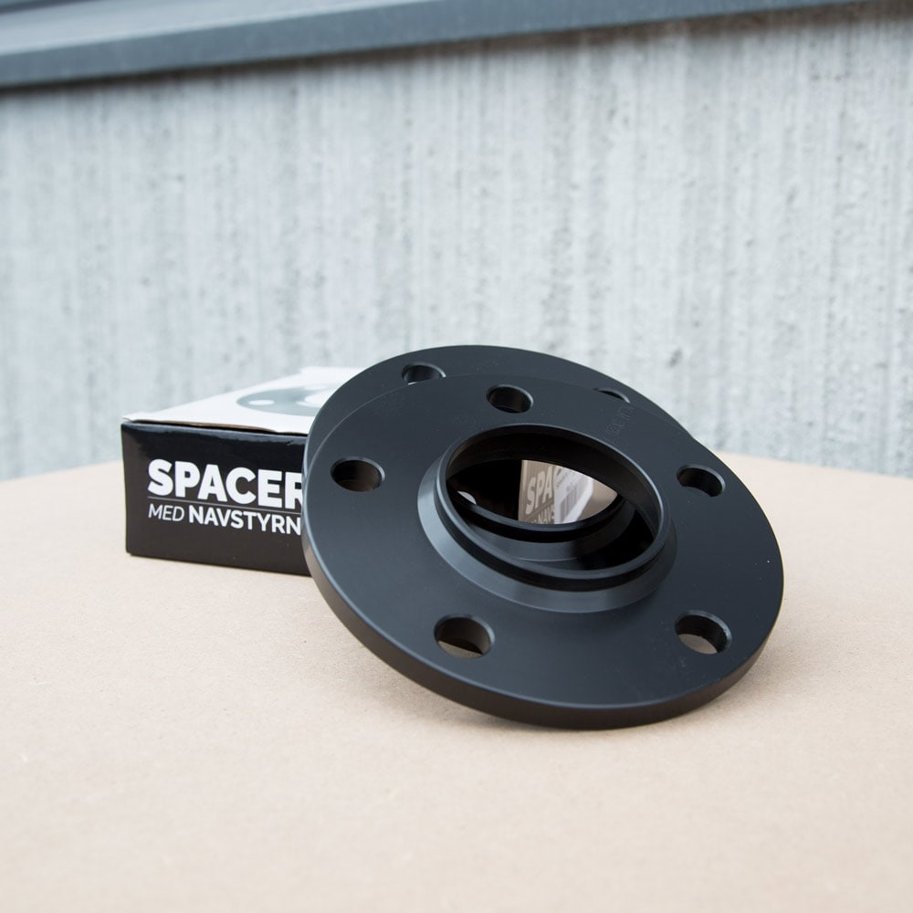 Svarta Spacers 10mm Bmw