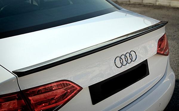 Kolfibervinge Audi A4 B8 Sedan