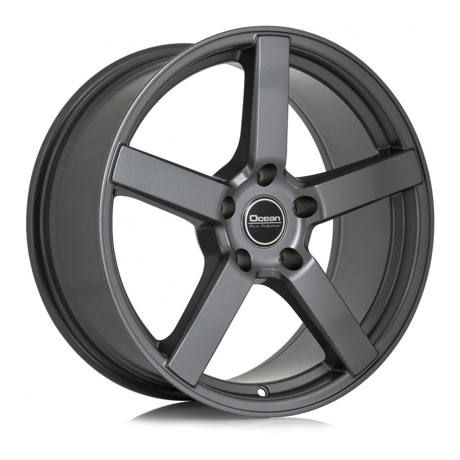 Complete set of Ocean Cruise Anthracite winter wheels