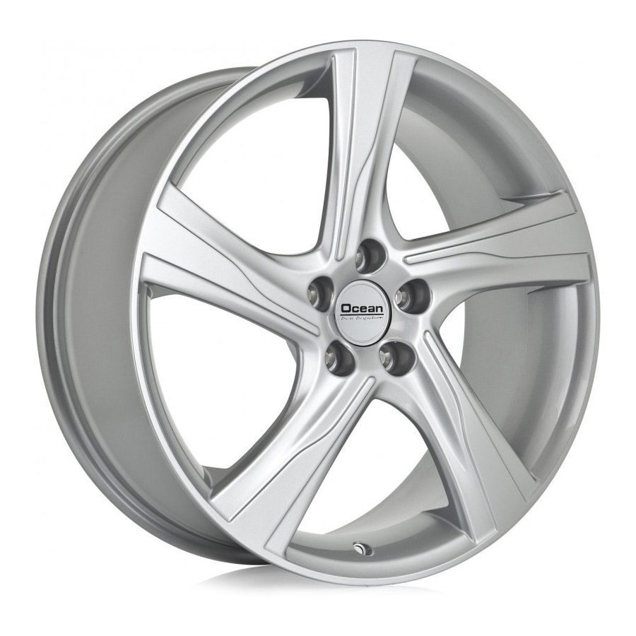 Complete set of Ocean Storm silver winter wheels